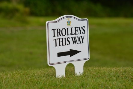200 mm x 150 mm golf course sign white