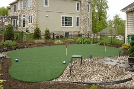 Fibre glass Putting green flags with plain red fabric flag installation