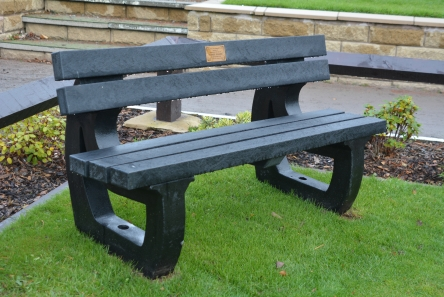black recycled plastic bench seat