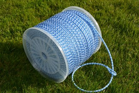 blue and white braided rope for golf course