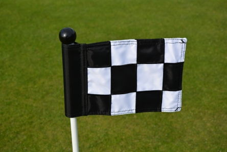 mini chequered black white putting green fabric flag