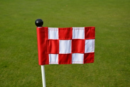 mini chequered red white putting green fabric flag