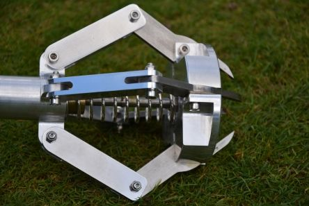 pitch mark repair claw tool