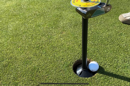 putter lifting device for golf course ball retrieval