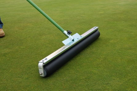 roller squeegee on golf course