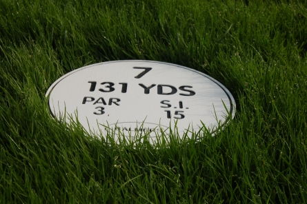 tee information on golf course